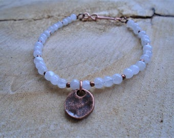 Moonstone and copper bracelet / nature jewelry / minimalist