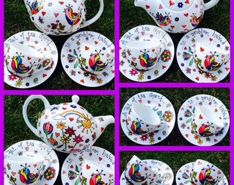 Bespoke hand painted tea pot and 2 matching cups and saucers