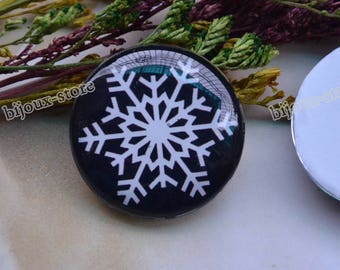 Set of 2 glass Cabochons snow themed 30 mm B30011