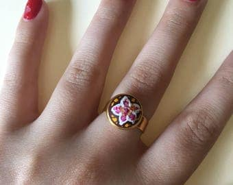Maroon Floral Hand-painted Ring