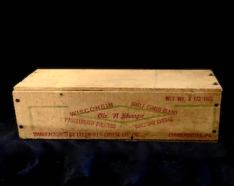 Vintage wood Cheese Box, Cheese Crate, Wisconsin Blended Cheese, Ole N Sharp, Cheddar Cheese Box, Lid Attached, Farmhouse Kitchen, 1940s