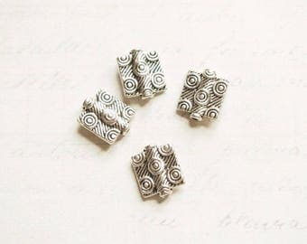 4 square collared etched beads silver-plated 12x10x3mm