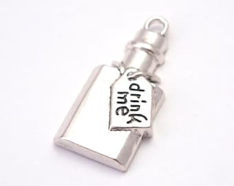 """Charm bottle of Alice and the label """"Drink me"""" silver-plated 28x14mm"""