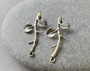 Brass Leaf Branch Pendant, 3 pc Antique Bronze Branch Pendants, Brass Branch, Leaf Branch Pendant, Leaf Pendant, Leaf Branch Drop, Leaves