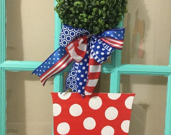 Topiary Flower Pot Wooden Door Hanger