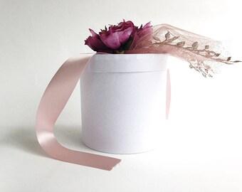 Luxury gift box, 2 sizes, 3 colors, round box, luxury box, white gift box, bridesmaid gift box, Christmas gift box, groomsmen gift box, gift