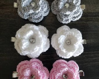 Set of 2 crochet flower hair clips, crochet flower hair accessories, cotton yarn, pink white and grey hair clips, handmade crochet hair clip