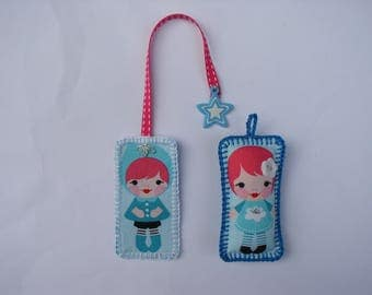 set a bookmark and a fabric Keyring