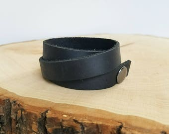 Leather wrap cuff bracelet, simple cuff, snap leather bracelet, black
