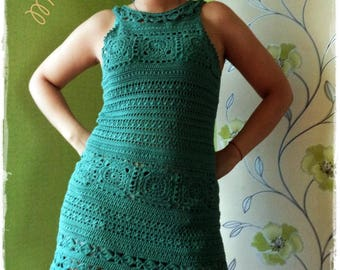 Women's short dress in green / crochet / order