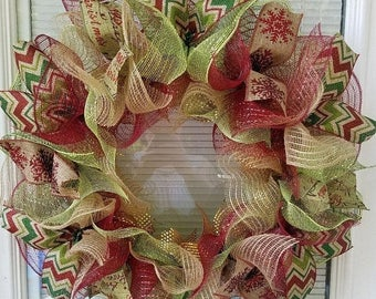 SALE Christmas Wreath, Holiday Wreath, Snowflake Wreath, Rustic Wreath, Country Wreath, Christmas Jute Mesh Wreath, Seasons Wreath