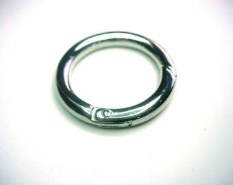 Large round clasp silver plated smooth