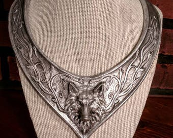 Sansa Stark style direwolf choker necklace, silver finish wolf head choker, GOT custom cosplay necklace