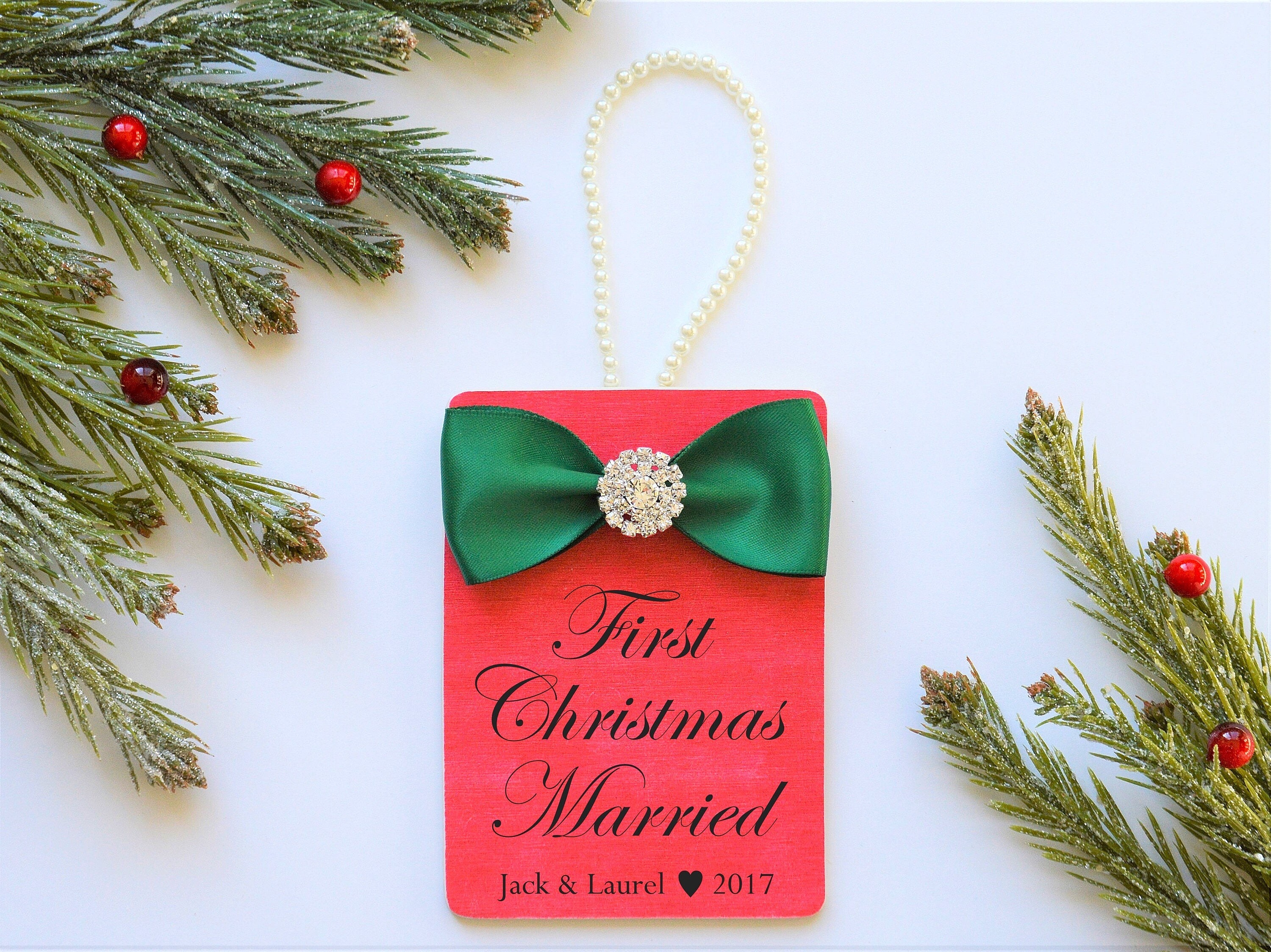 Wedding Gift Ornaments: FIRST CHRISTMAS MARRIED Ornament Gift To Couple