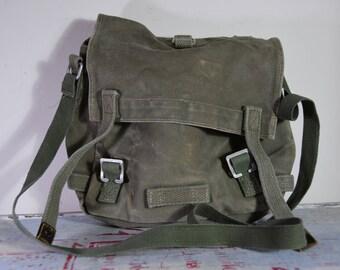 Vintage army bag / old military bag / vintage military bag /  Small military bag / messenger military bag / canvas military bag