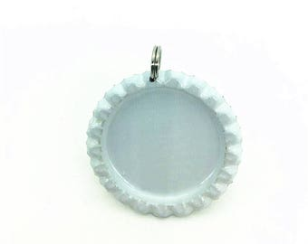 IGOGO 25 Flatted White Bottle Cap Pendants with Holes - 8 mm Split Rings Attached