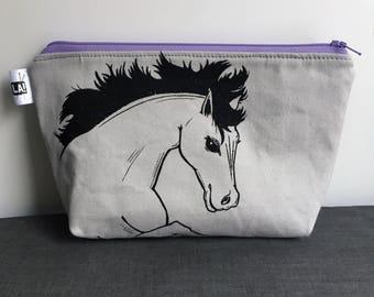 """6""""x9"""" Zipper Pouch *Dark Horse*"""
