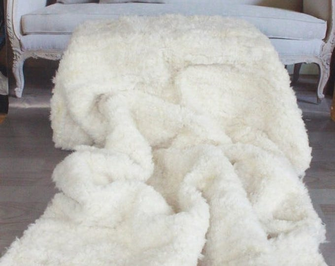 ON SALE Exclusive Genuine Unique WOVEN Lamb Sheepskin, Lambskin Rug, Pelt, Throw, Blanket Giant Extra Large -Creamy White