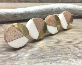 SET OF 8 - Tricolor Ivory, Distressed Brass, and Natural Wood Knob - Round Wood and Cream Resin Wooden Knob - Modern Abstract Drawer Pull