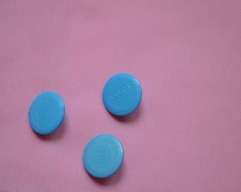 set of 3 round blue buttons