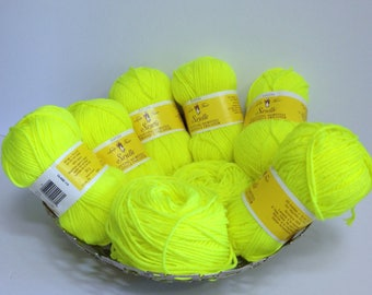 Fluorescent Yarn Bundle Vintage Eatons Yarn Bright Yellow Yarn Worsted for Knitting Scarves or Tuques or Pom Poms (to spot in a crowd)