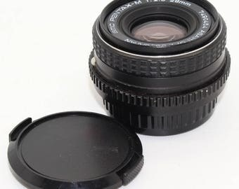 SMC Pentax-M 1:2.8 28mm Prime wide angle lens for Pentax K mount SLR cameras with caps - Very good condition and working