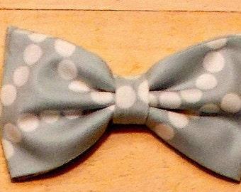 Boy's Clip On Grey Spring  Print Bow Tie
