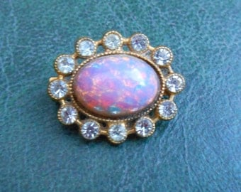 Harlequin Glass Brooch, Vintage Harlequin Brooch, Gold Tone Brooch, Oval Brooch