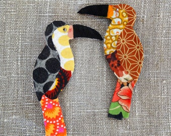 Toucan textile brooch / Bird pin / Fabric toucan brooch / Textile jewelry