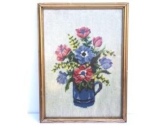 Flower needlepoint -- Vintage Flower Needlepoint -- Vintage Needlepoint -- Floral Needlepoint -- Vintage Floral Needlepoint --