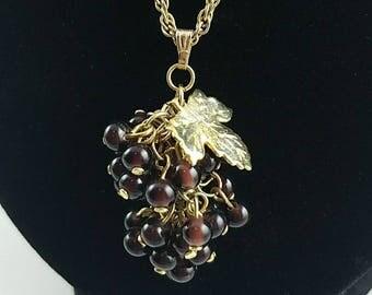 Vintage dangle grape pendant necklace