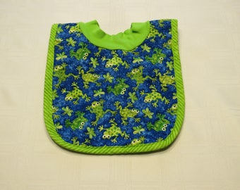 Frogs Pop-on Quilted Baby Bib