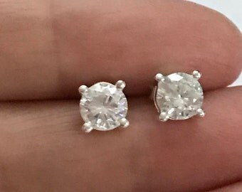 Sterling Silver 5mm Round Cubic Zirconia cz Stud Earrings