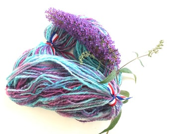 Hand spun and hand dyed Texel yarn 95 gram 127 meter. Cold washed