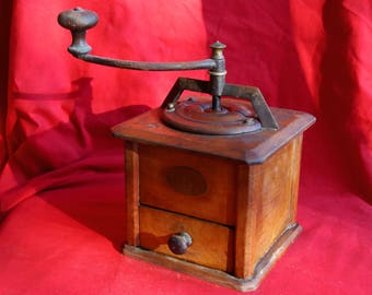 Antique Peugeot coffee grinder - late 19th / early 20th century