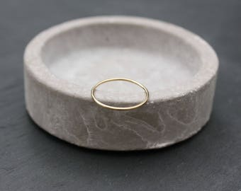 Solid gold ring | 9ct solid gold 1mm band | minimalist jewellery | great for stacking | fine band