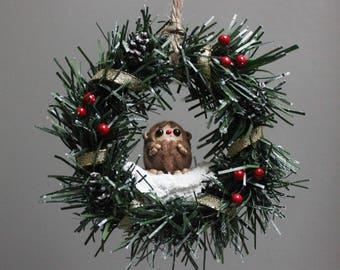 Sasquatch Wreath - Gold with berries and pine cones