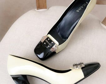 PRADA Vintage Patent Leather Two Toned Heels Pumps, Cap Toe RARE Classic Prada Heels size 41