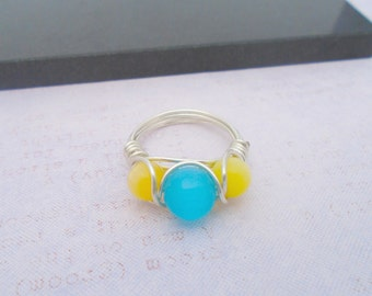 Cats Eye Wire wrapped Ring, Blue Gemstone Ring, Blue Cats Eye Jewellery, Gemstone Jewellery, Yellow Cats Eye Ring, Yellow Gemstone Ring