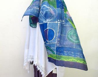 """Foulard en soie peint à la main, hand painted silk scarf, silk from France, cadeau pour elle """"Blue notes"""""""