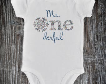 Winter onederland outfit, Mr ONEderful Outfit, Birthday Boy, Baby Boy 1st Birthday Outfit, Mr. Onederful Onesie, Snowflake Birthday Baby Boy