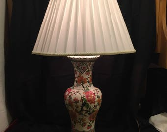Vintage Asian Inspired Lamp