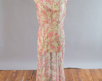 Antique 1920s 1930s cream and dainty pink floral silk chiffon gown