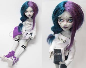 Violet nerd girl - OOAK monster high doll custom