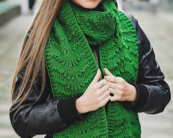Green scarf Long scarf Winter scarf Wool scarf Greenery wool scarf Knit scarf Hand knit scarf Oversized scarf Holiday gift Christmas gift