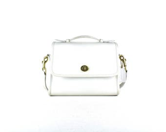 Vintage COACH Legacy White Court 9870 Classic Genuine Leather Classic Crossbody Messenger Shoulder Bag Purse