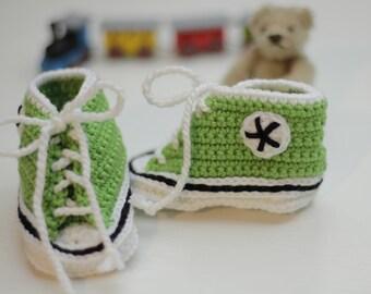 babyshoes, baby sneakers, mini-sneakers, crocheted mini-sneakers, first baby shoes, shoes for baby boys, sneakers in green