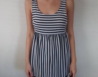 Black and White Striped Buttoned Back Top