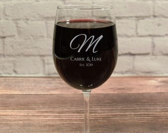Custom Wine Glasses, Wine Glass Initial, Wine Glass Monogram, Personalized Wine Glasses, Etched Wine glass, Wine Gift, Wine Glass Gift