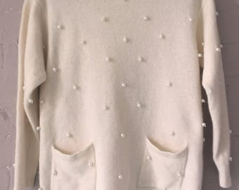 Vintage STOB fabulous cream lambswool angora pearl button back jumper M